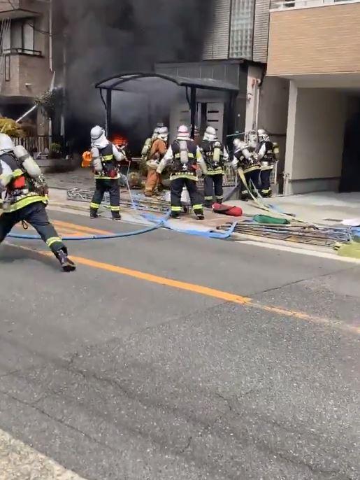 大阪 火事 速報