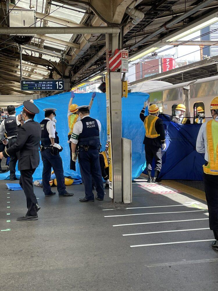 自殺 新宿 駅 痴漢冤罪で自殺した25才の青年、死の直前に書かれたメッセージとは? (2015年12月4日)