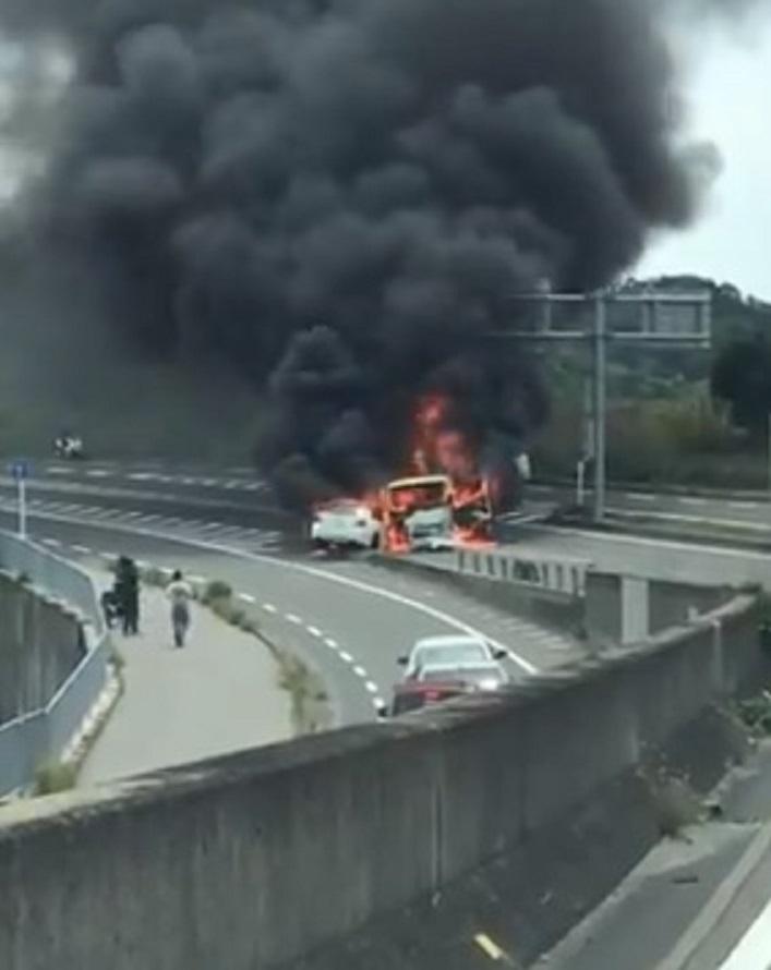 高速 事故 今日 名神 名神高速道路の死亡事故 @